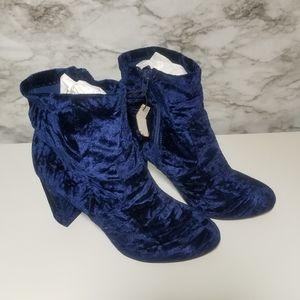 NWT Lane Bryant Blue Crushed Velvet  Boots 10W